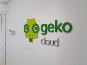 Rotulacion oficina Geko, letra corporea
